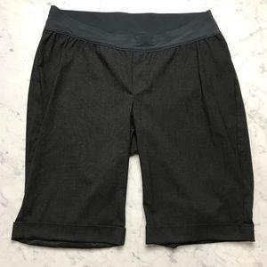 Gap Maternity Stretch Grey Dressy Bermuda Shorts